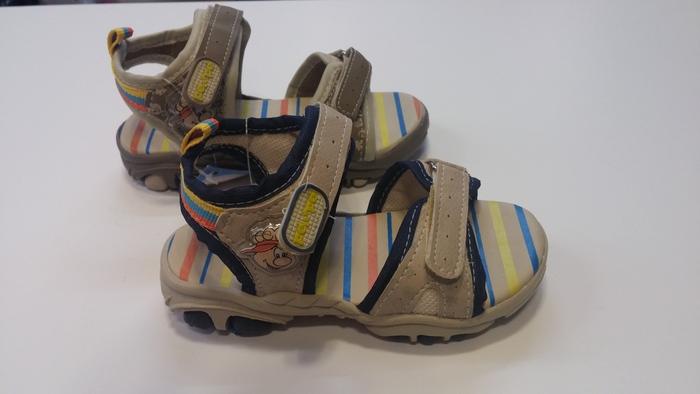 מורידים את הנעליים ומתחדשים בסנדל ברזילאי לבנים, איכותי ואו...