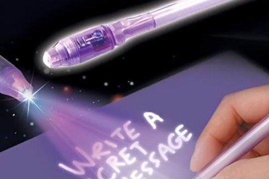 לעיניך בלבד! עט סתרים הכותב בדיו בלתי נראה, בעל פנס אולטרה ...