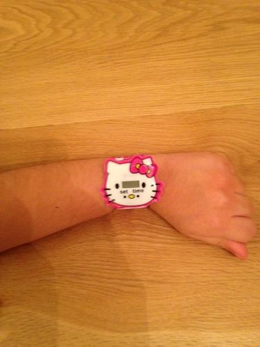 !!! שעון יד צבעוני לילדות מסדרת