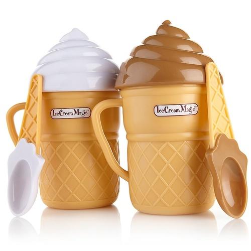 הלהיט שכבש את הילדים באמריקה ה ICE CREAM MAGIC מכין גלידה מ...