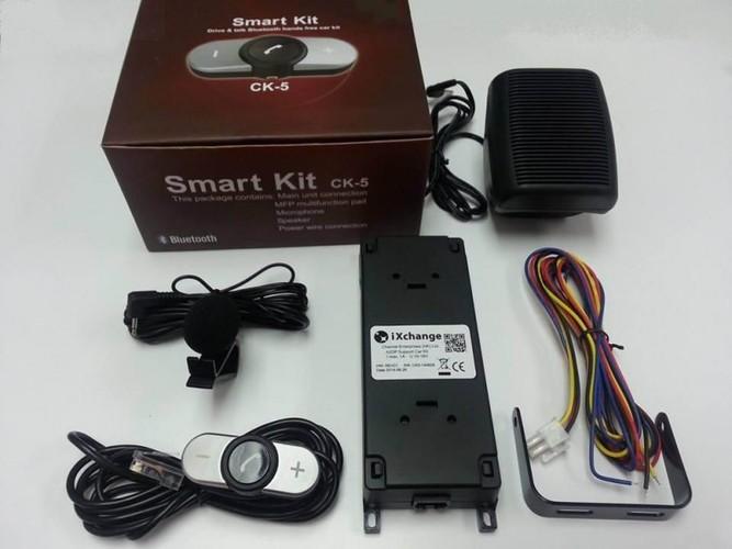 דיבורית לרכב SMART KIT   משדר מוזיקה דרך הבלוטוס וגם פקודות...