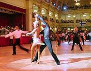 לזוגות שמעונינים  לרקוד מהצעד הראשוןן  ולזוגות שעומדים להתח...