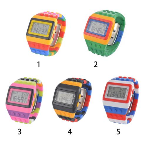 לחובבי הגימיקים שביניכם ! שעון יד לגו במגוון צבעים לבחירה ר...