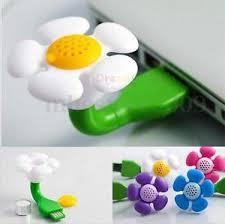 מפזר אדי ריח של כל שמן אתרי בצורת פרח מתאים לכל יציאת USB ב...